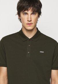 HUGO - DONOS - Polo shirt - dark green - 3
