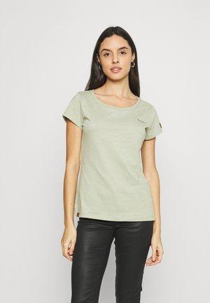 COCO - Basic T-shirt - palm green