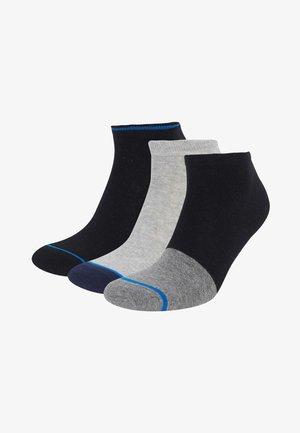 Socks - karma