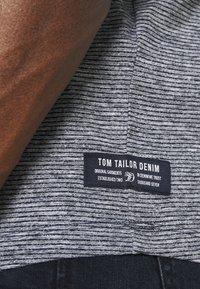 TOM TAILOR DENIM - Print T-shirt - dark blue - 4