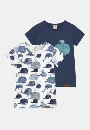 BABY WHALES 2 PACK UNISEX - T-shirt print - dark blue