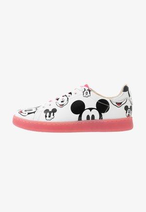 GALLERY - Trainers - white/fuxia
