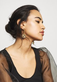 Guess - PEONY - Earrings - gold-coloured - 1