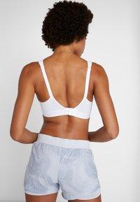 triaction by Triumph - ENERGY LITE - Sports bra - white - 3