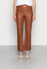 Soaked in Luxury - KAYLEE KICKFLARE PANTS - Pantalon classique - rubber - 0