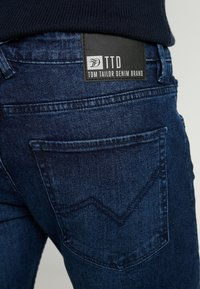 TOM TAILOR DENIM - PIERS PRICESTARTER - Jeans slim fit - used dark stone/blue denim - 5