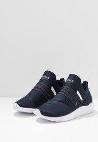 ARKK Copenhagen - RAVEN S-E15 - Sneakers - midnight/white - 2