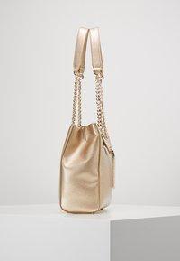 Valentino Bags - DIVINA - Handbag - oro - 3