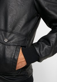 Tiffosi - FLYER - Faux leather jacket - black - 7