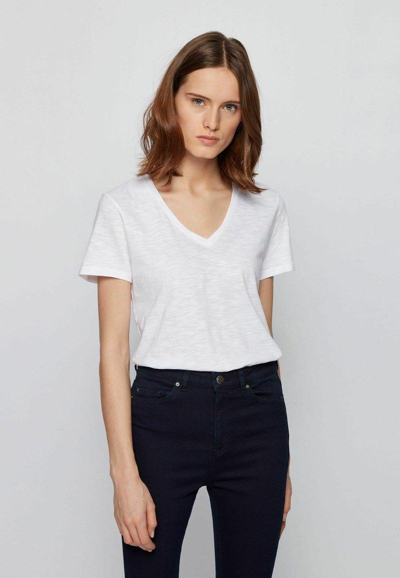 BOSS - T-shirt basique - white