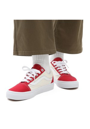 UA OLD SKOOL - Sneakers - (classcsprt)chlpprclscwht