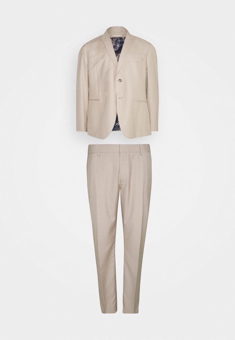 Isaac Dewhirst - THE FASHION SUIT PEAK PLUS SIZE - Suit - beige