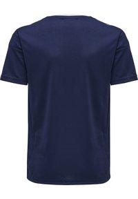 Hummel - HMLAUTHENTIC KIDS POLY JERSEY S/S - Print T-shirt - marine - 2