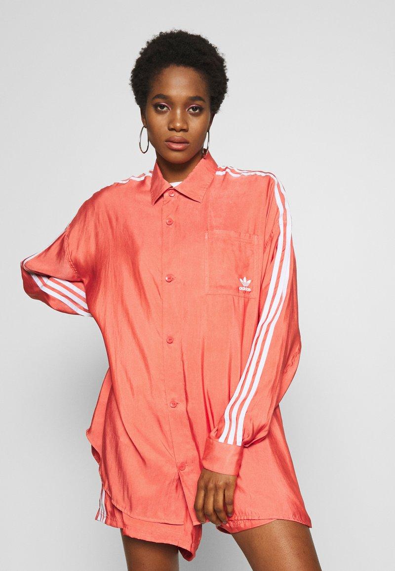 adidas Originals - BUTTON UP - Button-down blouse - trace scarlet
