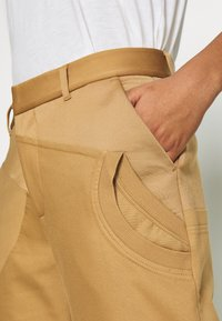 adidas Originals - SUIT PANT - Trousers - cardboard - 5