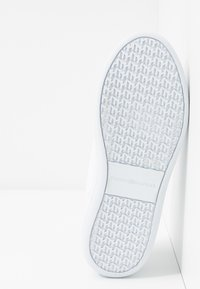 Tommy Hilfiger - CUPSOLE - Trainers - white - 6