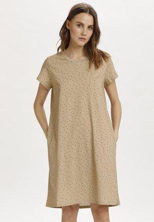 GISZ - Day dress - praline dot