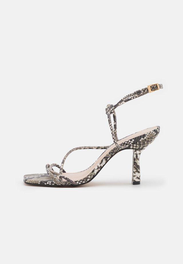 TEFFLOP - Sandals - grey