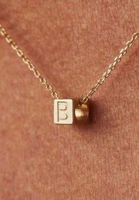 Isabel Bernard - Charm - gold - 2