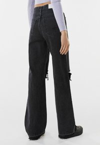 Bershka - Jeans Relaxed Fit - black - 2