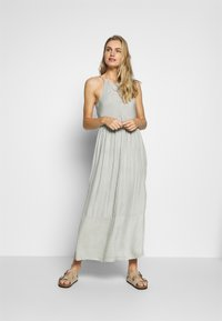 O'Neill - CHRISSY STRAPPY DRESS - Complementos de playa - green/white - 1