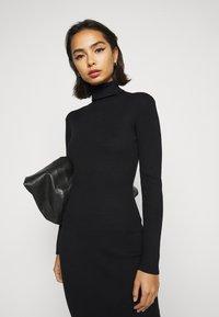 Missguided Petite - ROLL NECK  MIDI DRESS - Shift dress - black - 3
