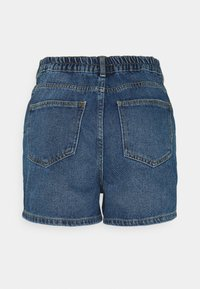 Noisy May - NMLOTTIE SKATE - Shorts di jeans - medium blue denim - 1