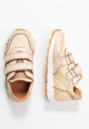 LUNA SHOE - Trainers - gold