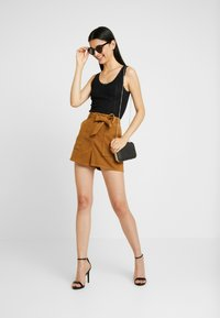 BDG Urban Outfitters - POINTELLE TANK - Topper - black - 1