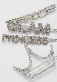 ALDO - ALDO x DISNEY PRINCESS - Příslušenství kvlasovému stylingu - silver-coloured - 2