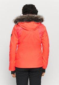 O'Neill - HALITE JACKET - Kurtka snowboardowa - fiery coral - 2