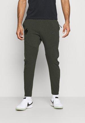 PORTUGAL FPF  PANT - Træningsbukser - sequoia/black