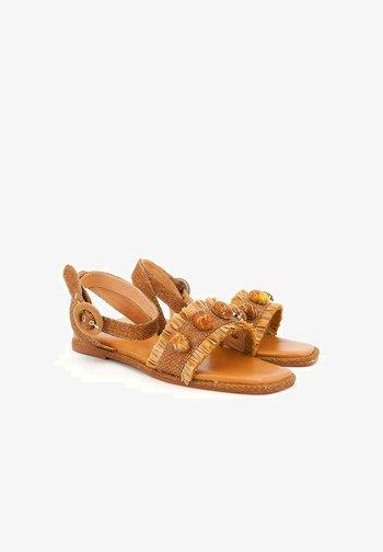 SIENA - Sandals - sand