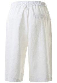 Clarina - BELLA - Shorts - weissuni - 1