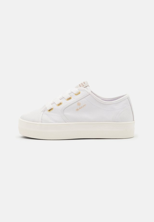 LEISHA  - Baskets basses - white