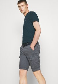 Petrol Industries - WITH BELT - Shorts - wolf grey - 3