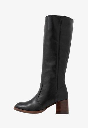 TOLMO - Vysoká obuv - black