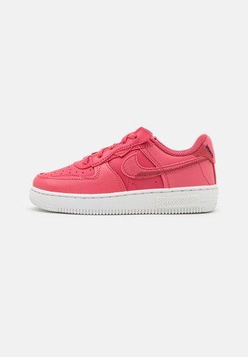 FORCE 1 FONTANKA  - Sneakersy niskie - archaeo pink/summit white/sail