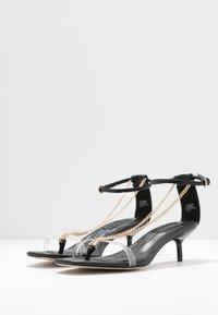 Topshop Wide Fit - WIDE FIT RUSH CHAIN MINI - T-bar sandals - black - 4