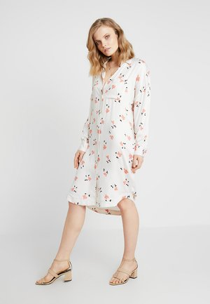 FRIA NOR DRESS - Vestido camisero - off white