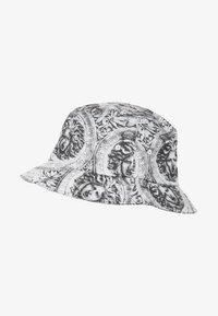 Flexfit - Hat - black/white - 2