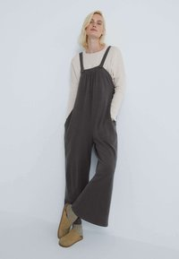 OYSHO - LONG STRAPPY WITH POCKETS - Jumpsuit - anthracite - 1