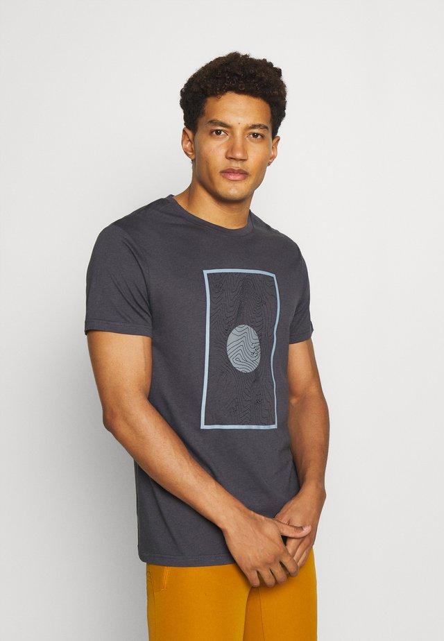ABSECON - T-shirt imprimé - granite