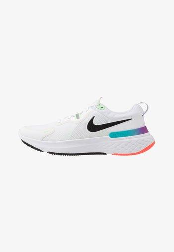 REACT MILER - Neutral running shoes - white/black/vapor green/hyper jade
