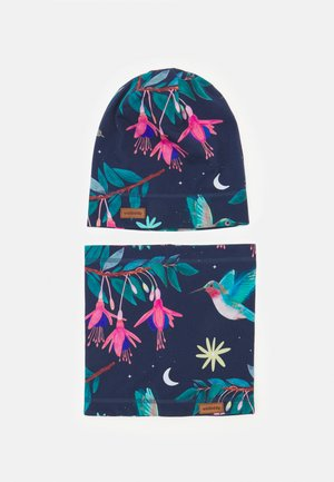 HUMMINGBIRD BEANIE AND LOOP SET UNISEX - Tuubihuivi - multicoloured