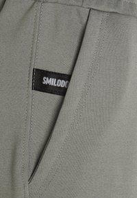 Smilodox - CROPPED SPORTS SUIT SET - Survêtement - grey - 7