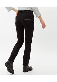 BRAX - STYLE MARY - Slim fit jeans - clean black black - 2