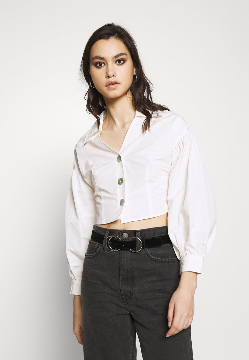 Who What Wear - THE WAISTED - Button-down blouse - parchment
