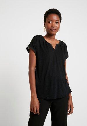 NOTCH - T-shirt z nadrukiem - true black