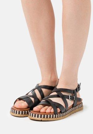 Sandals - black antic